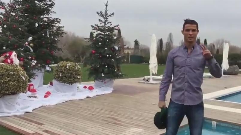 Ronaldo Se Mue En Agent Immobilier Et Fait Visiter Sa