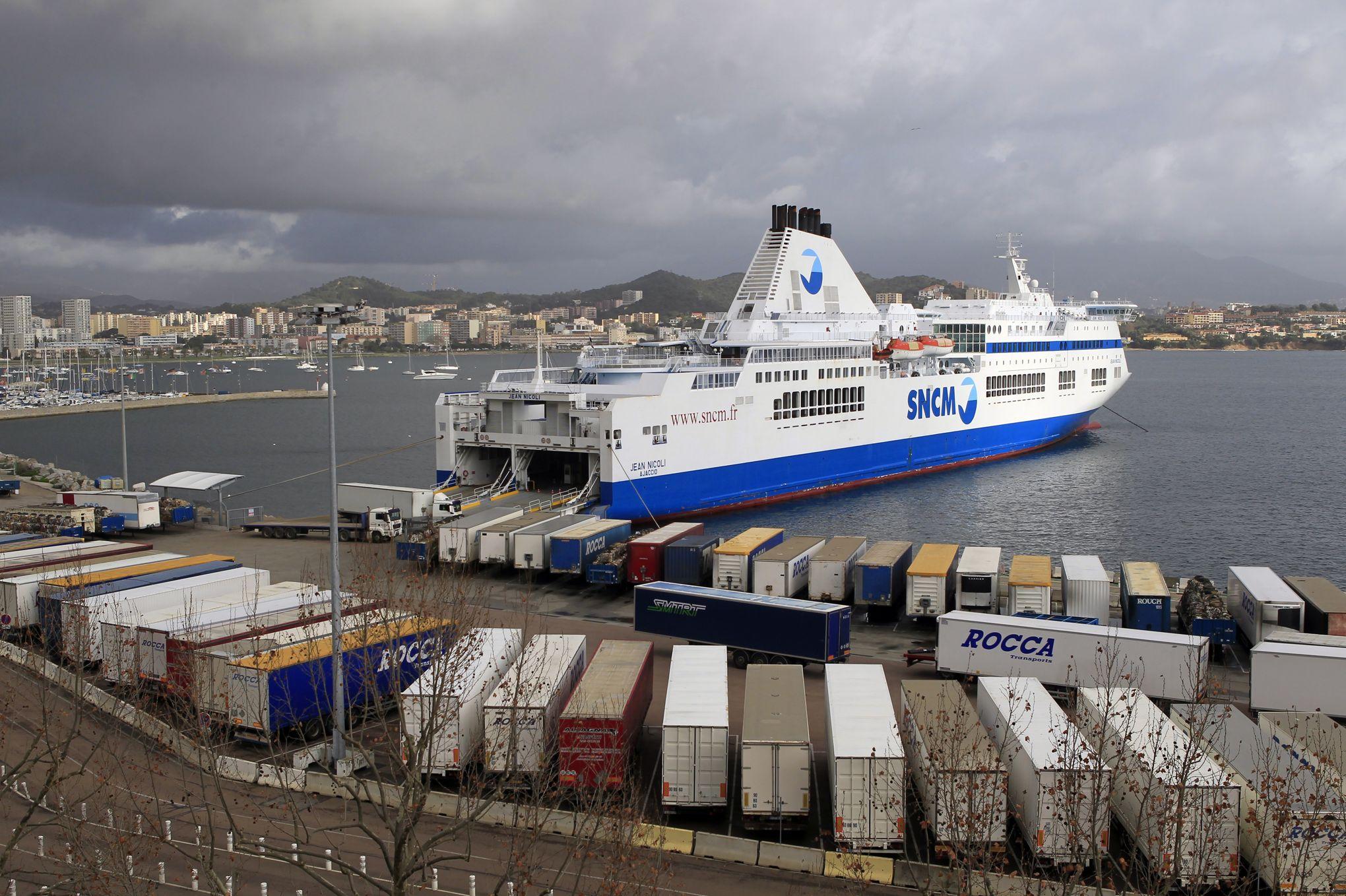 43d040f4ac Tensions et blocages de bateaux entre les entrepreneurs corses et l'ex-SNCM