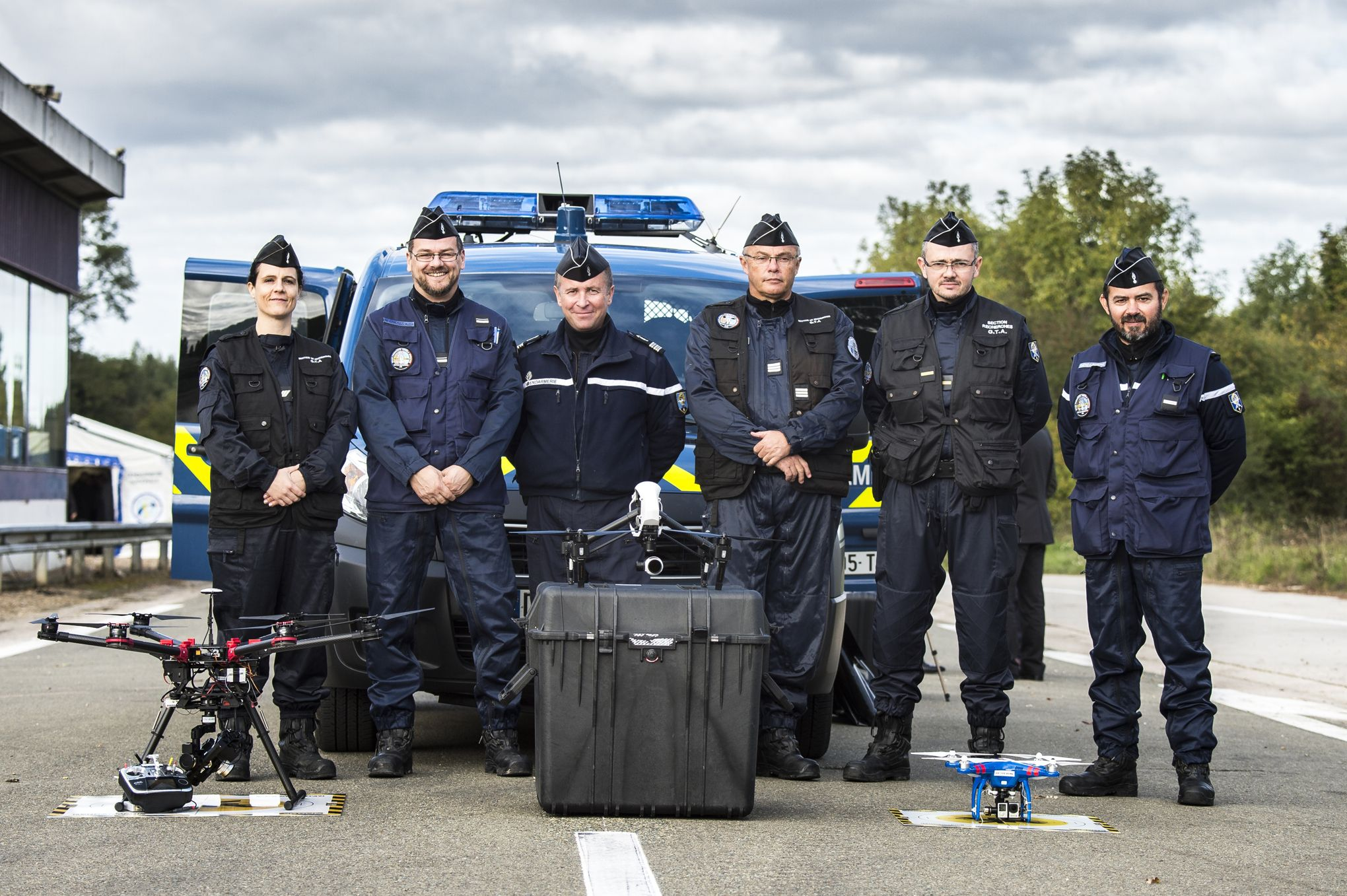 le drone nouvelle arme des gendarmes. Black Bedroom Furniture Sets. Home Design Ideas