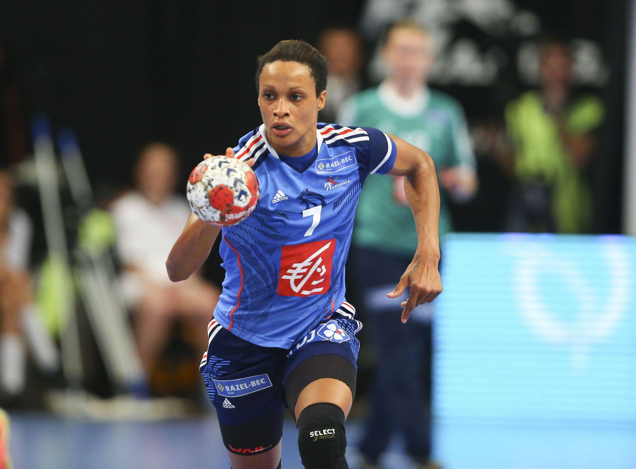 Une handballeuse française victime de cris racistes en Roumanie