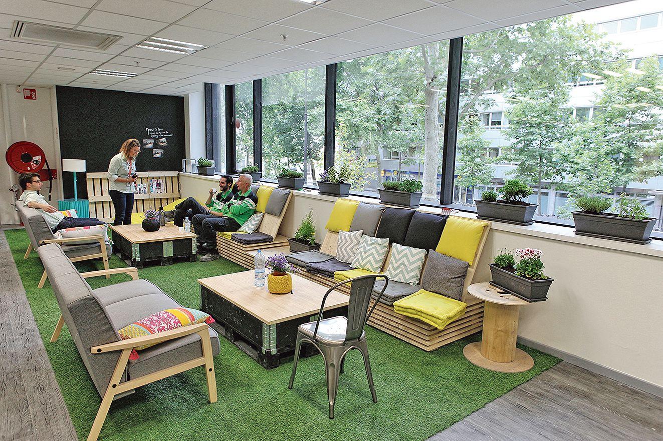 leroy merlin promeut la collaboration. Black Bedroom Furniture Sets. Home Design Ideas
