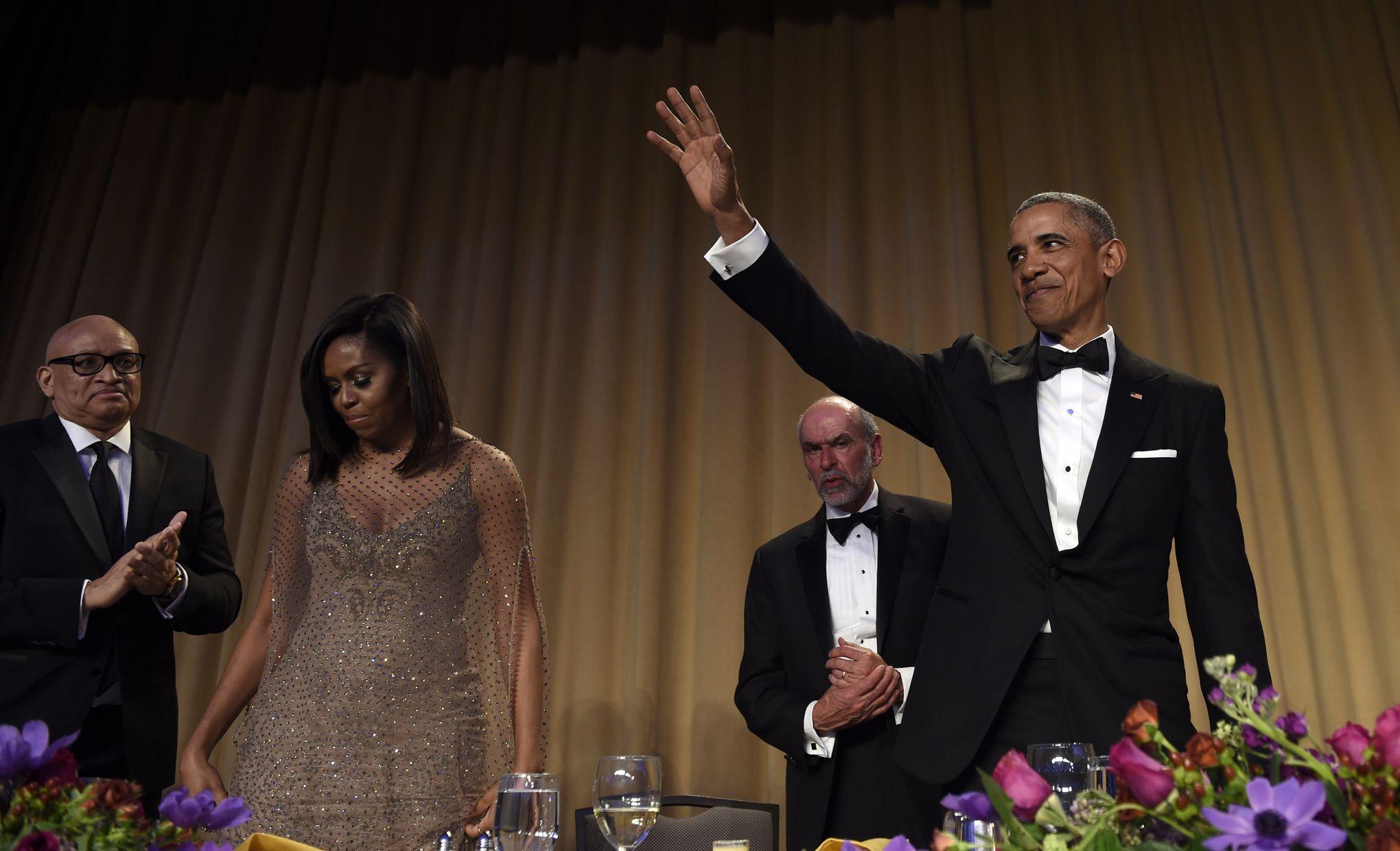 barack obama fait le show et tance clinton et trump. Black Bedroom Furniture Sets. Home Design Ideas