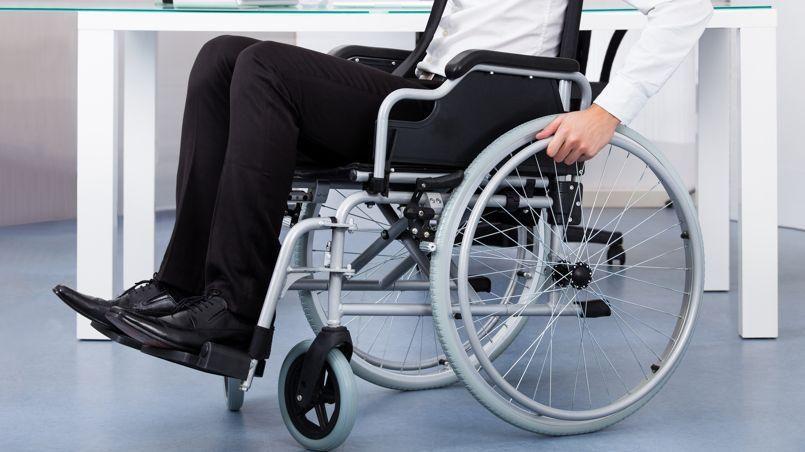 Alors qu'un sondage, rendu public le 6 mai dernier par Le Parisien, montre que 89 % des personnes handicapées n'ont pas confiance en la politique du gouvernement, la secrétaire d'État en charge des Personnes handicapées, Sophie Cluzel, tente de rassurer.