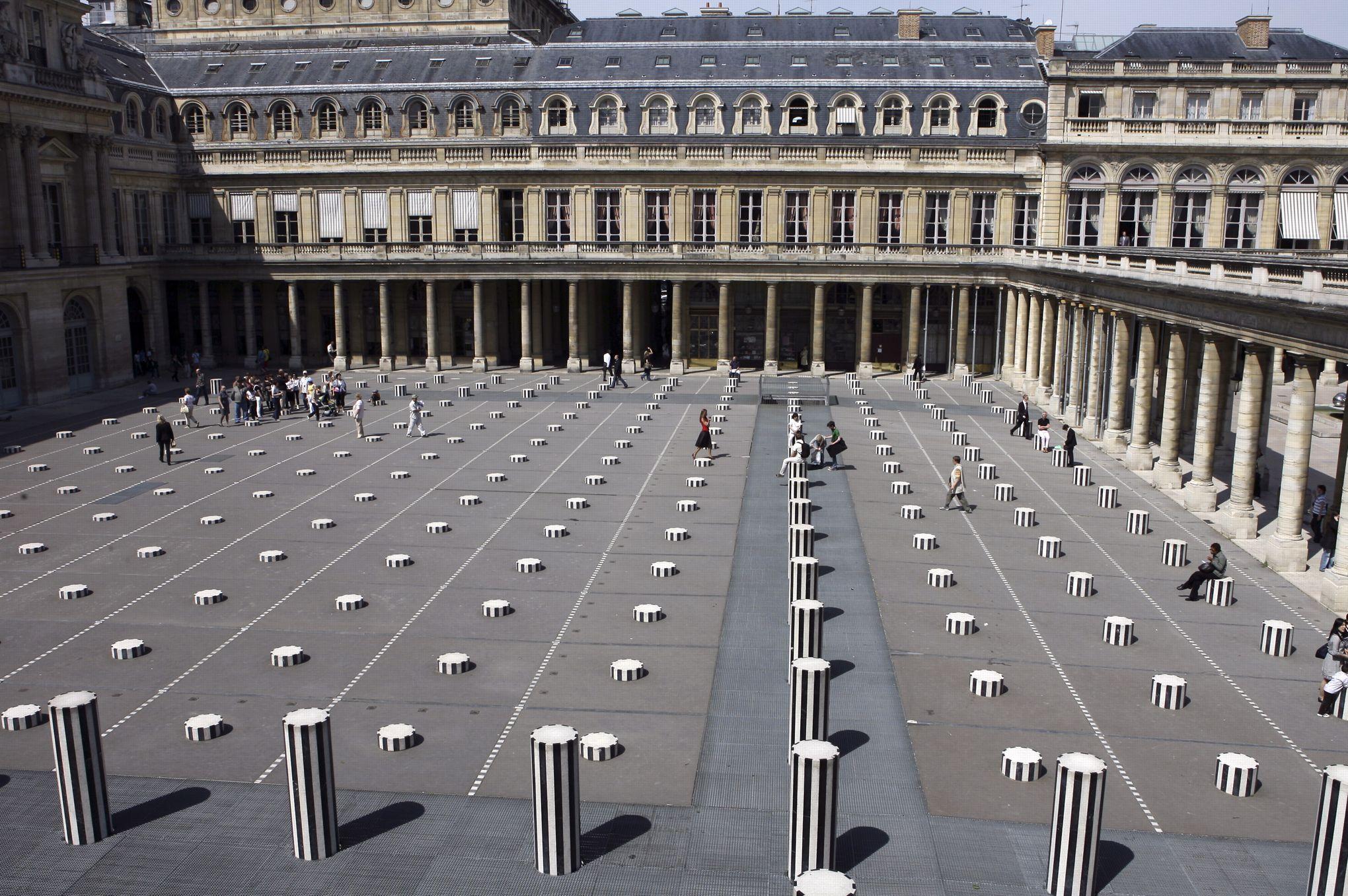 """Résultat de recherche d'images pour """"colonnes de buren"""""""