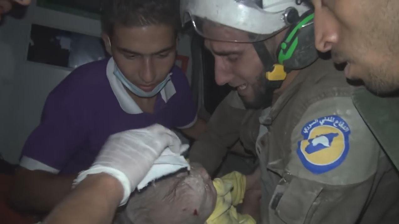 """Résultat de recherche d'images pour """"casque blanc en syrie"""""""