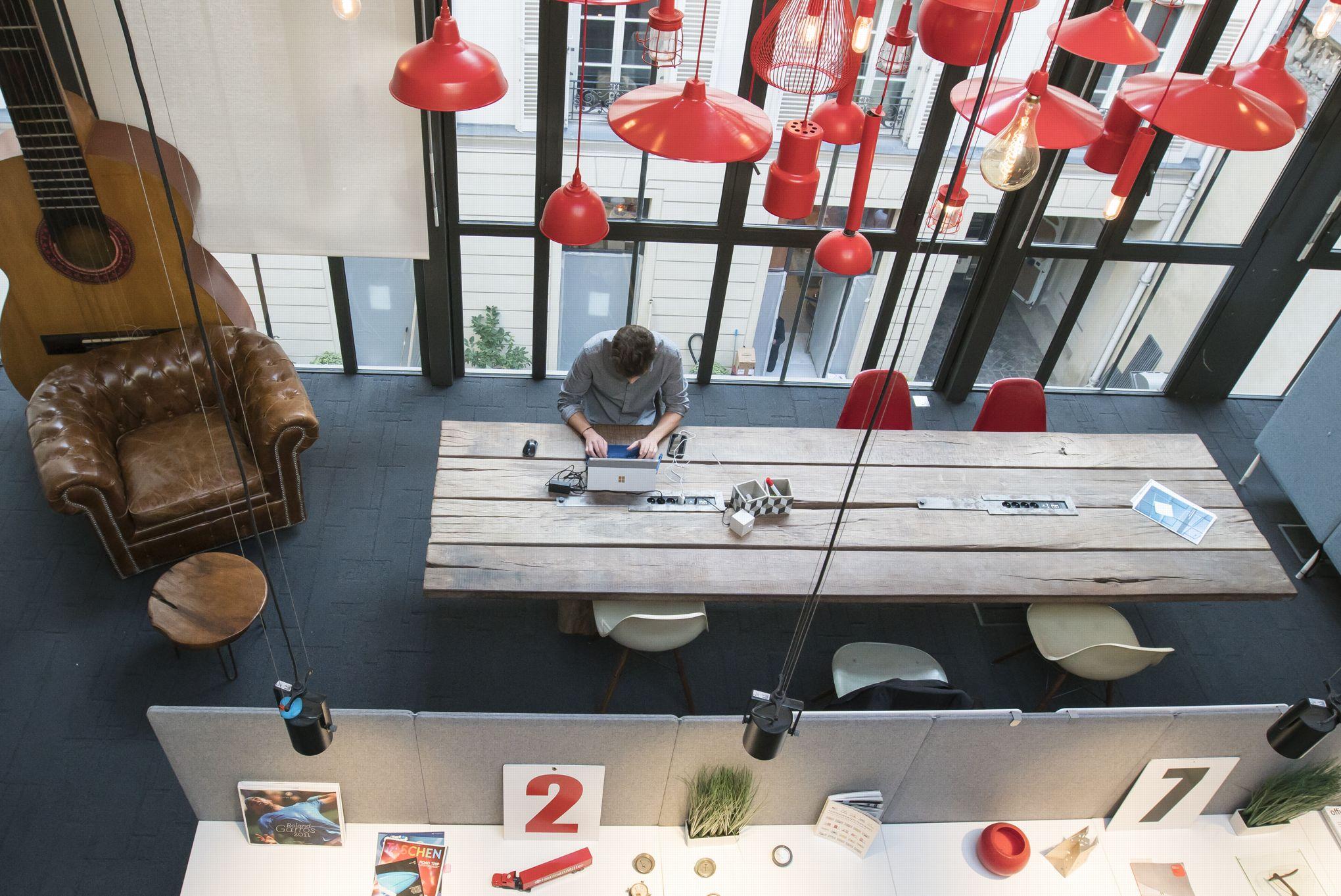 Le bureau du futur vu par moore design change the work