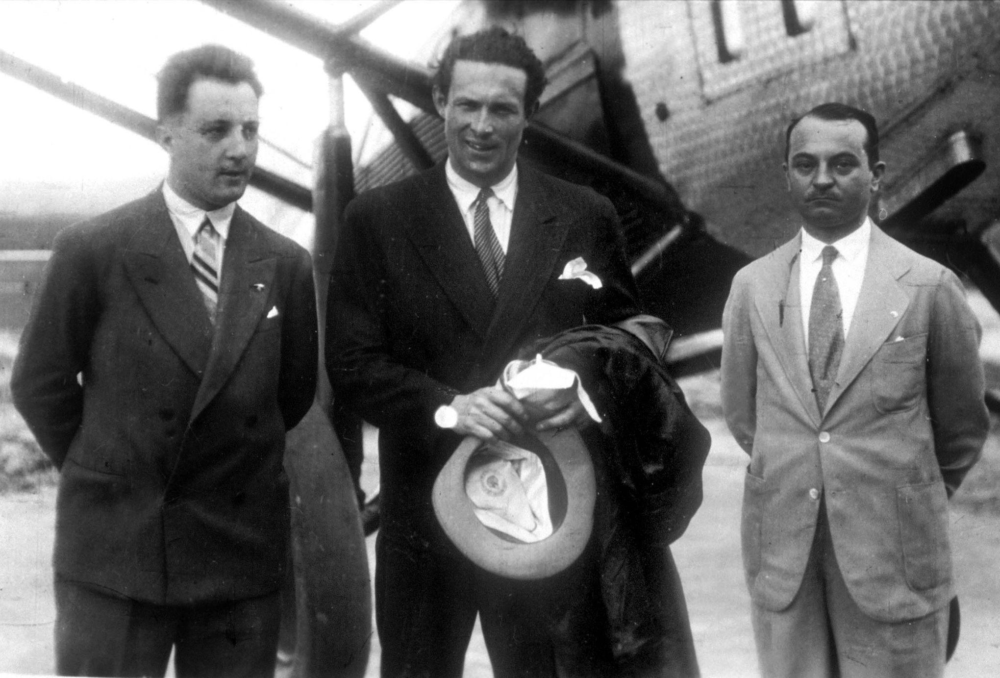 Mermoz, pilote de légende de l'Aéropostale, disparaît le 7 ...