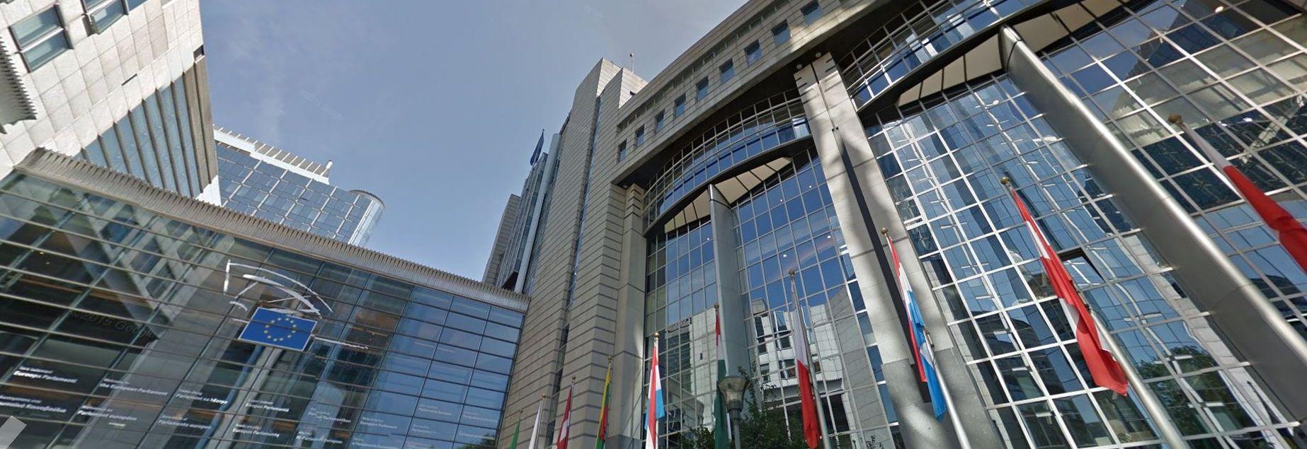 Société Générale De Rénovation Batiment Bruxelles le bâtiment du parlement européen à bruxelles menacé de