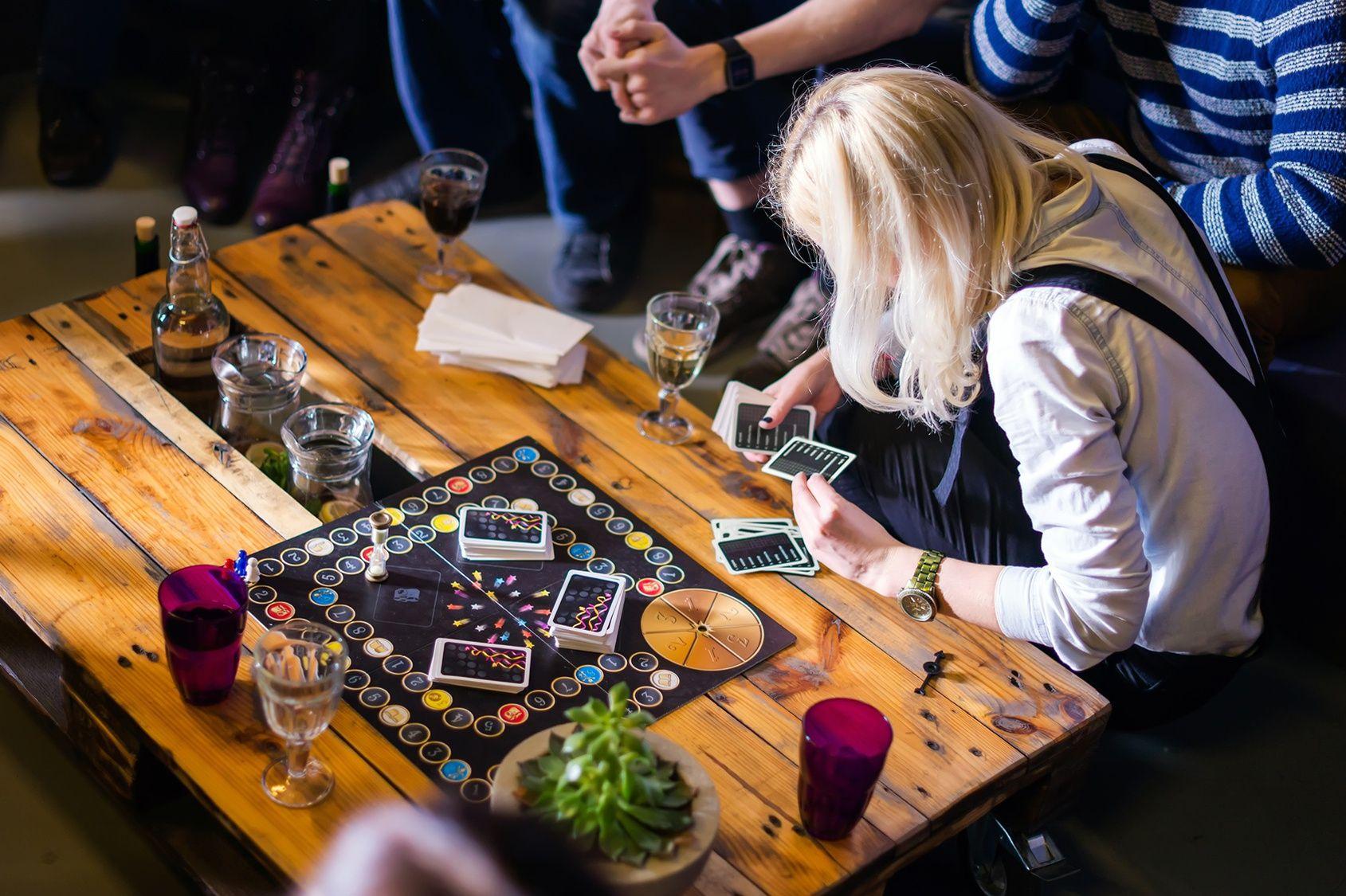 bar avec jeux de société