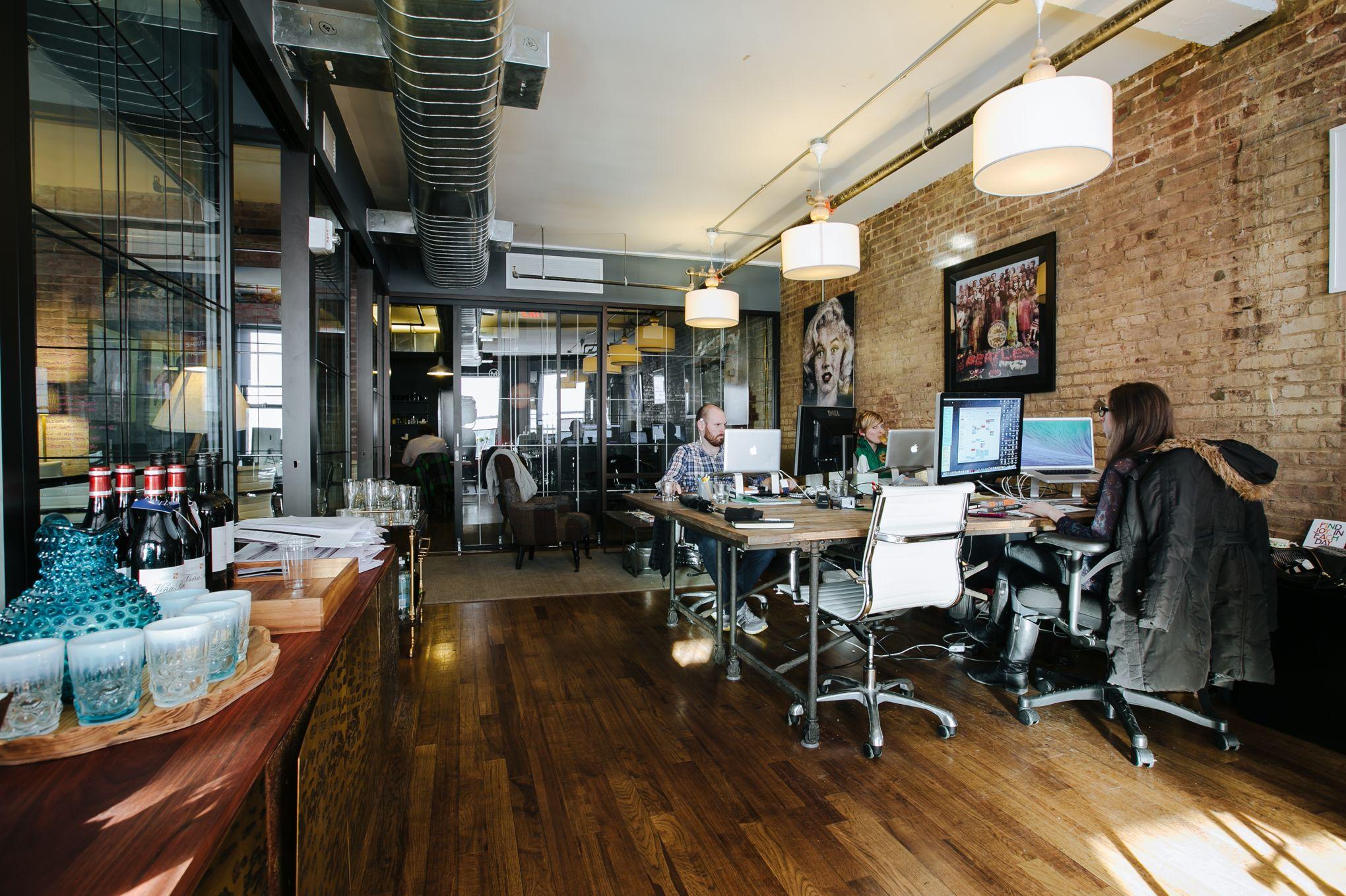 Les bureaux partagés wework valorisés milliards de dollars