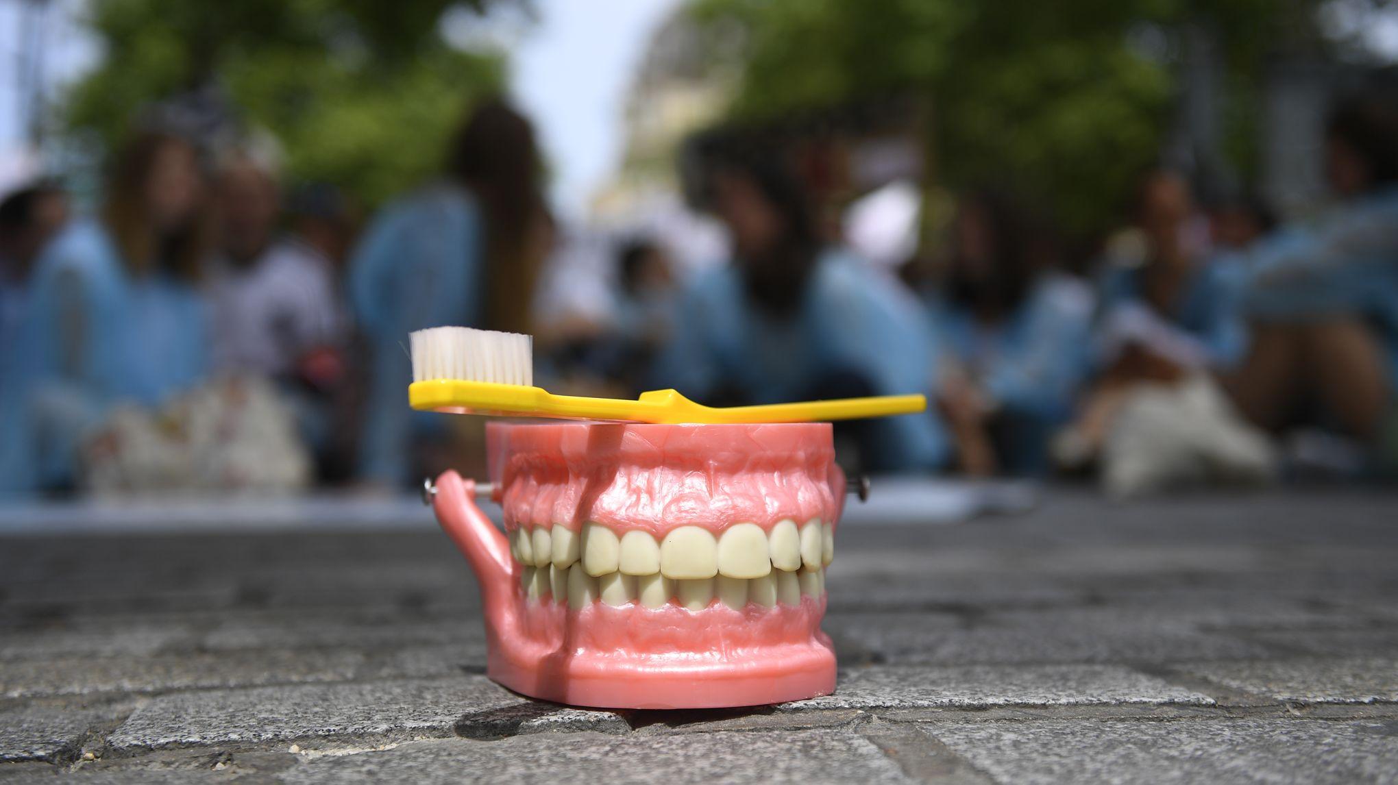 8b8bda282956a Les dentistes (à nouveau) en grève