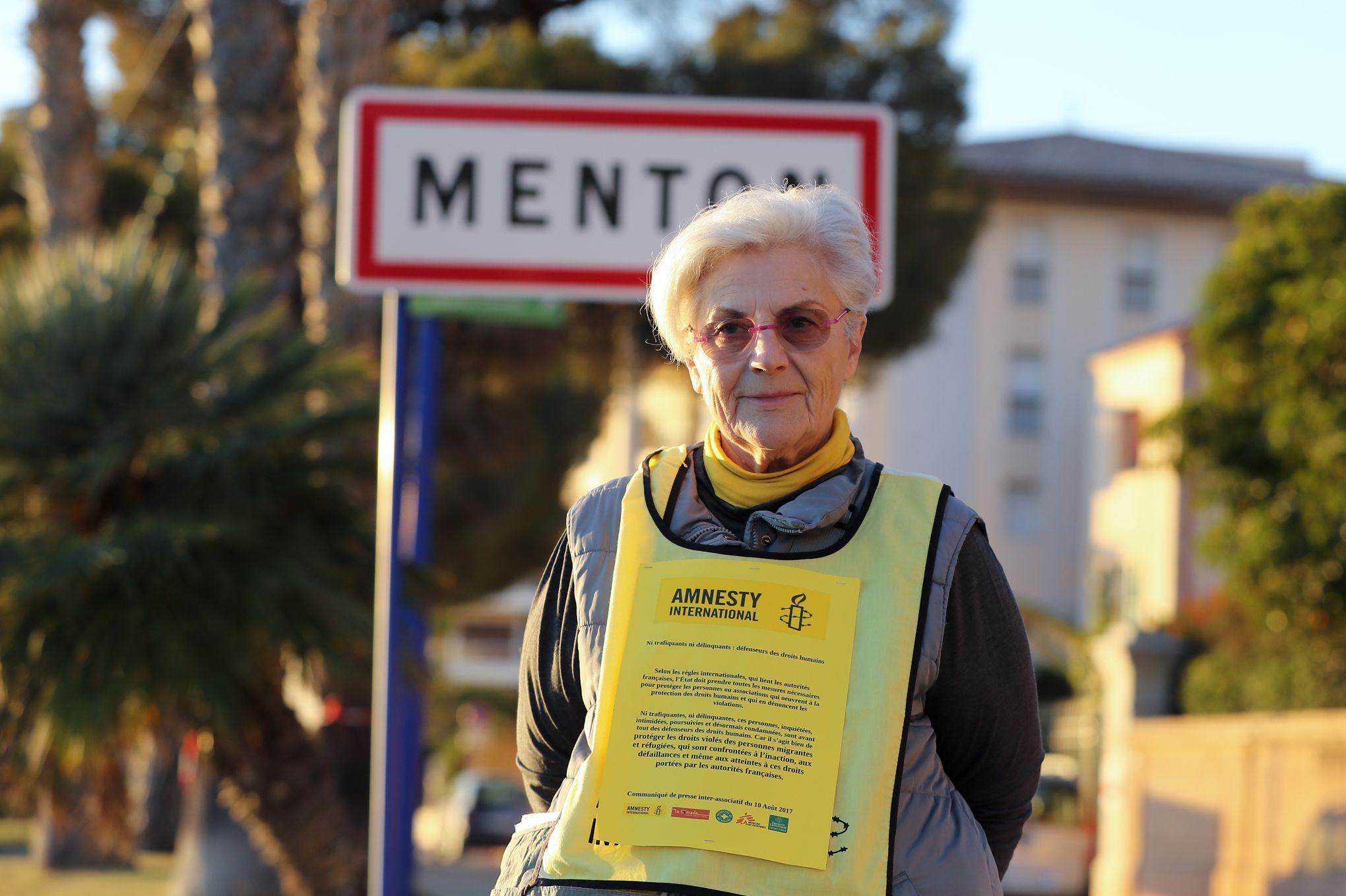Une responsable d'Amnesty International poursuivie pour aide