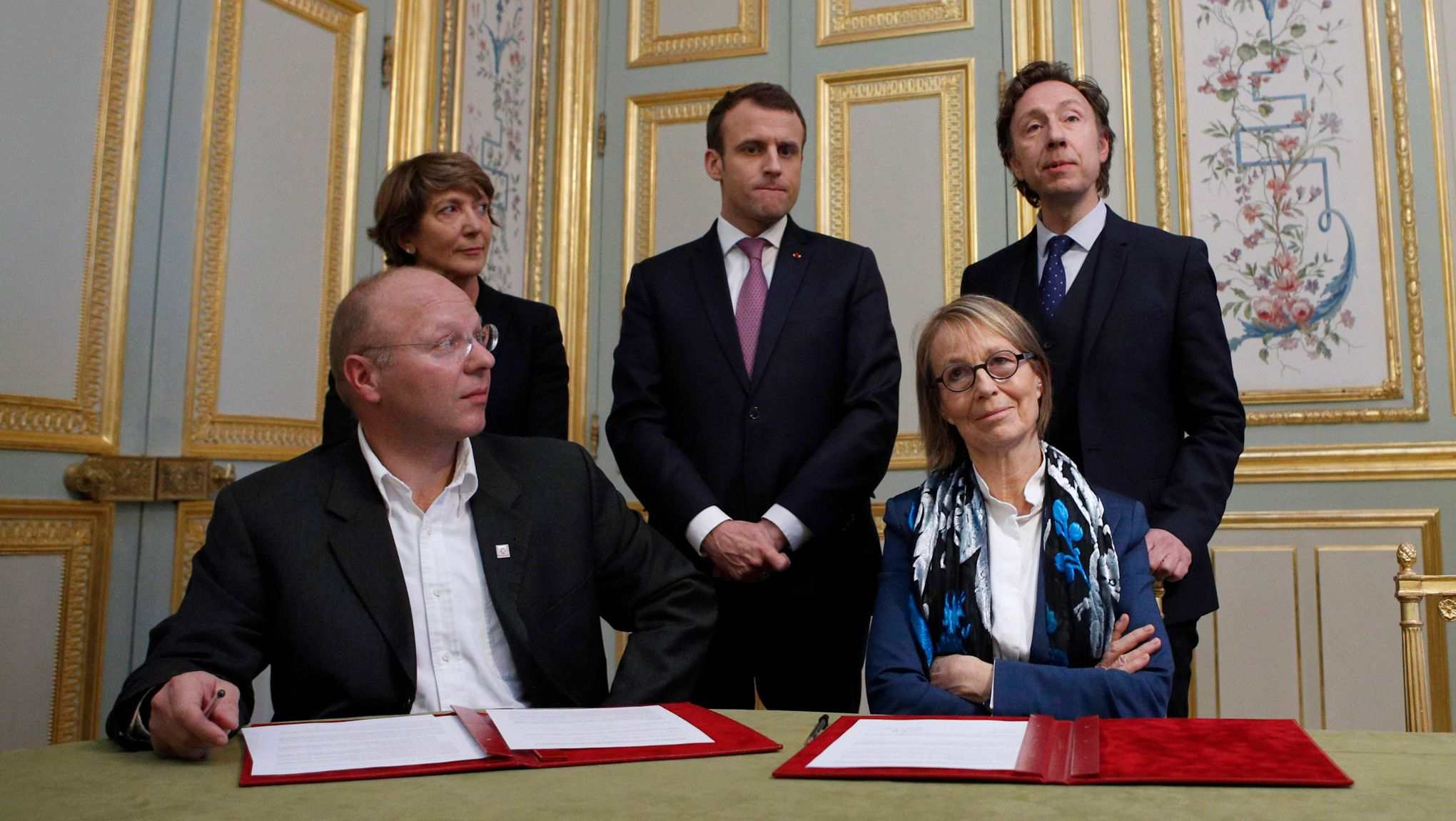 141bb8126f9b63 Patrimoine   Macron reprend la main et met Bern et Nyssen d accord