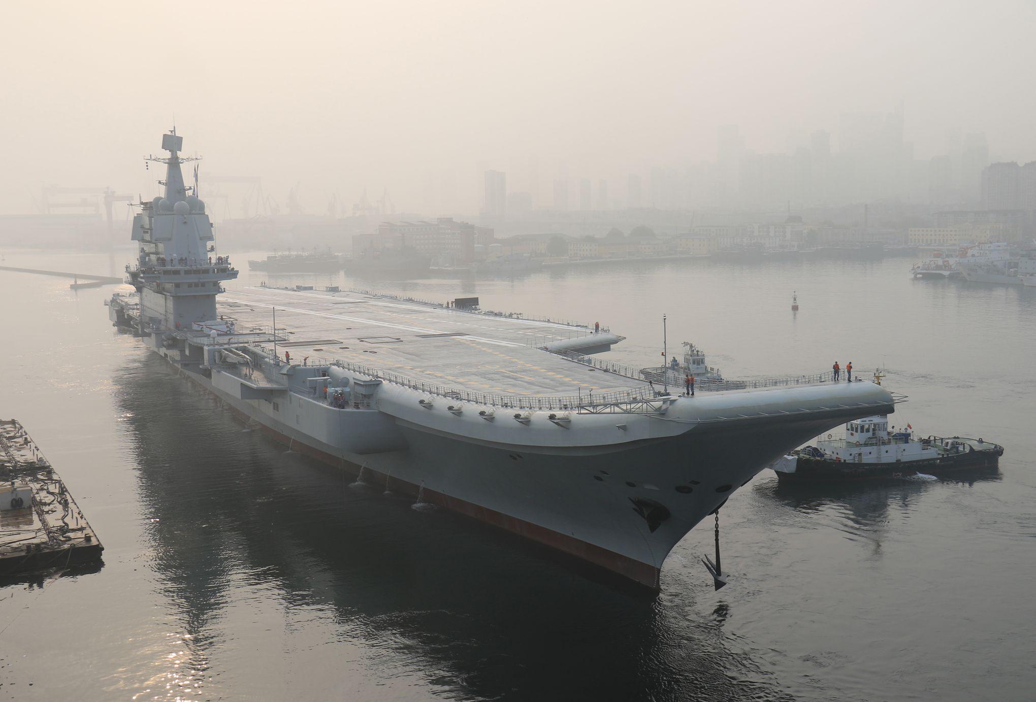Le Premier Porte Avions 100 Chinois Démarre Ses Essais En Mer