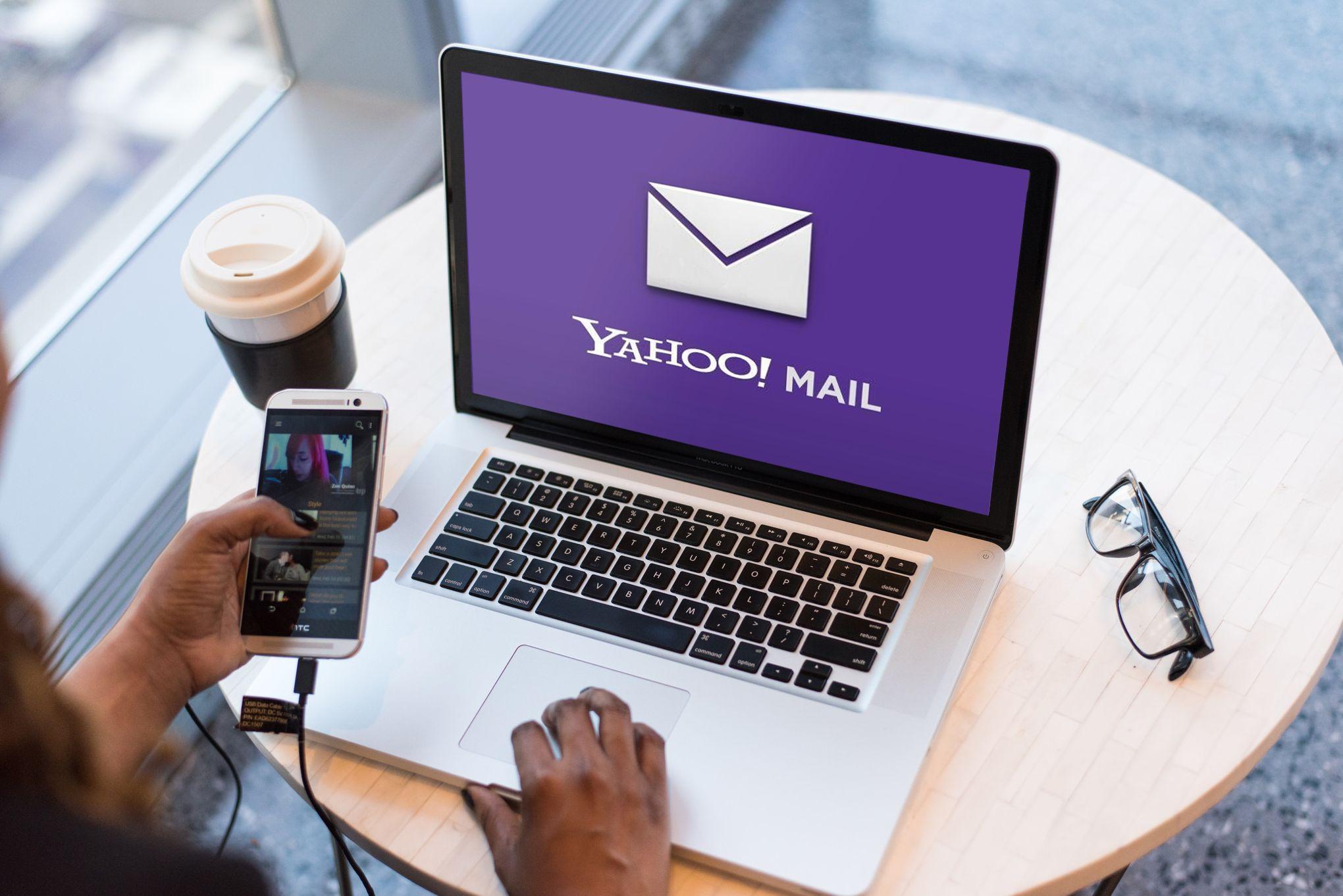 Différence entre voir quelqu'un et sortir avec Yahoo