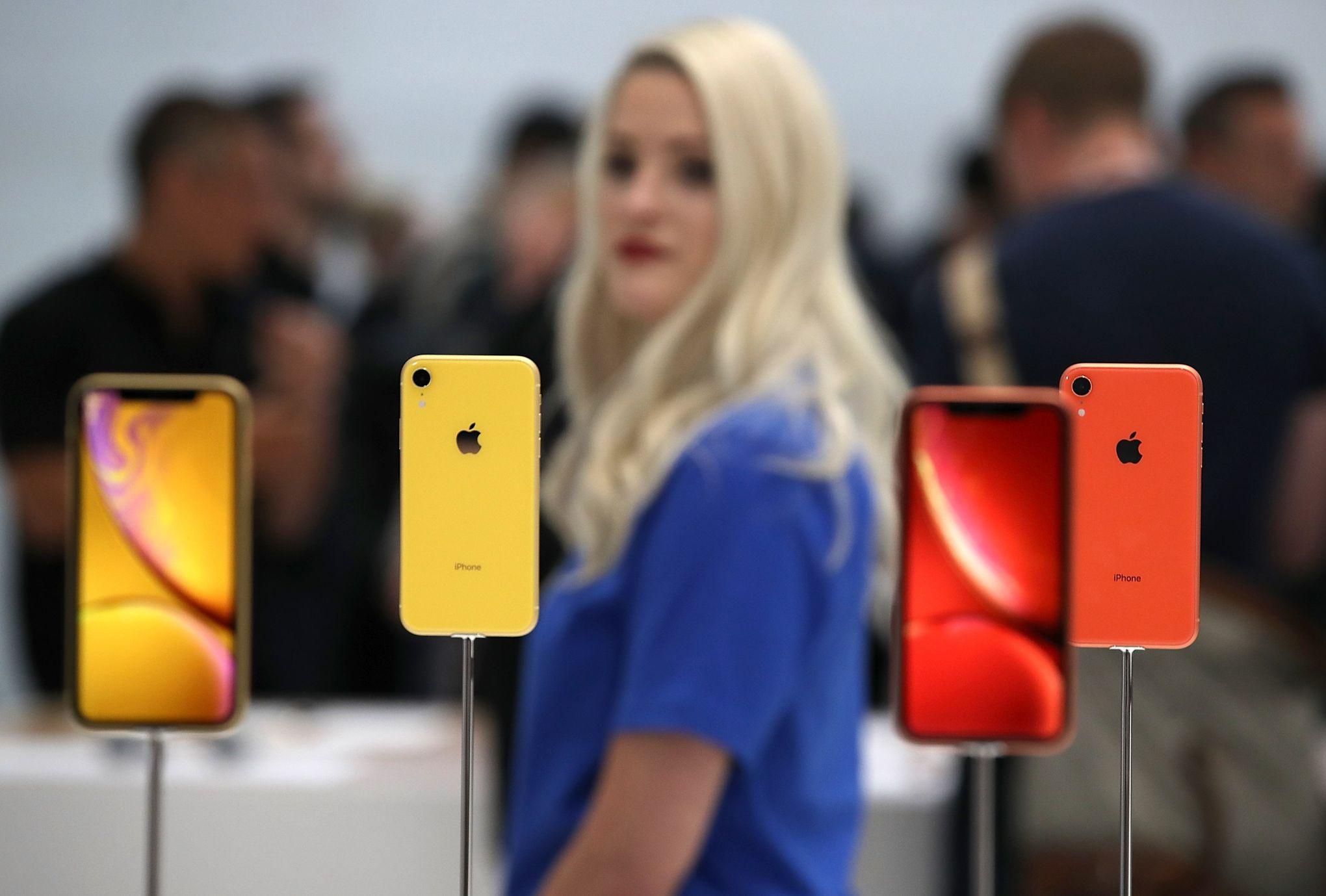 Pour La Premiere Fois Le Meilleur Des Iphone N Est Pas Le Plus Cher