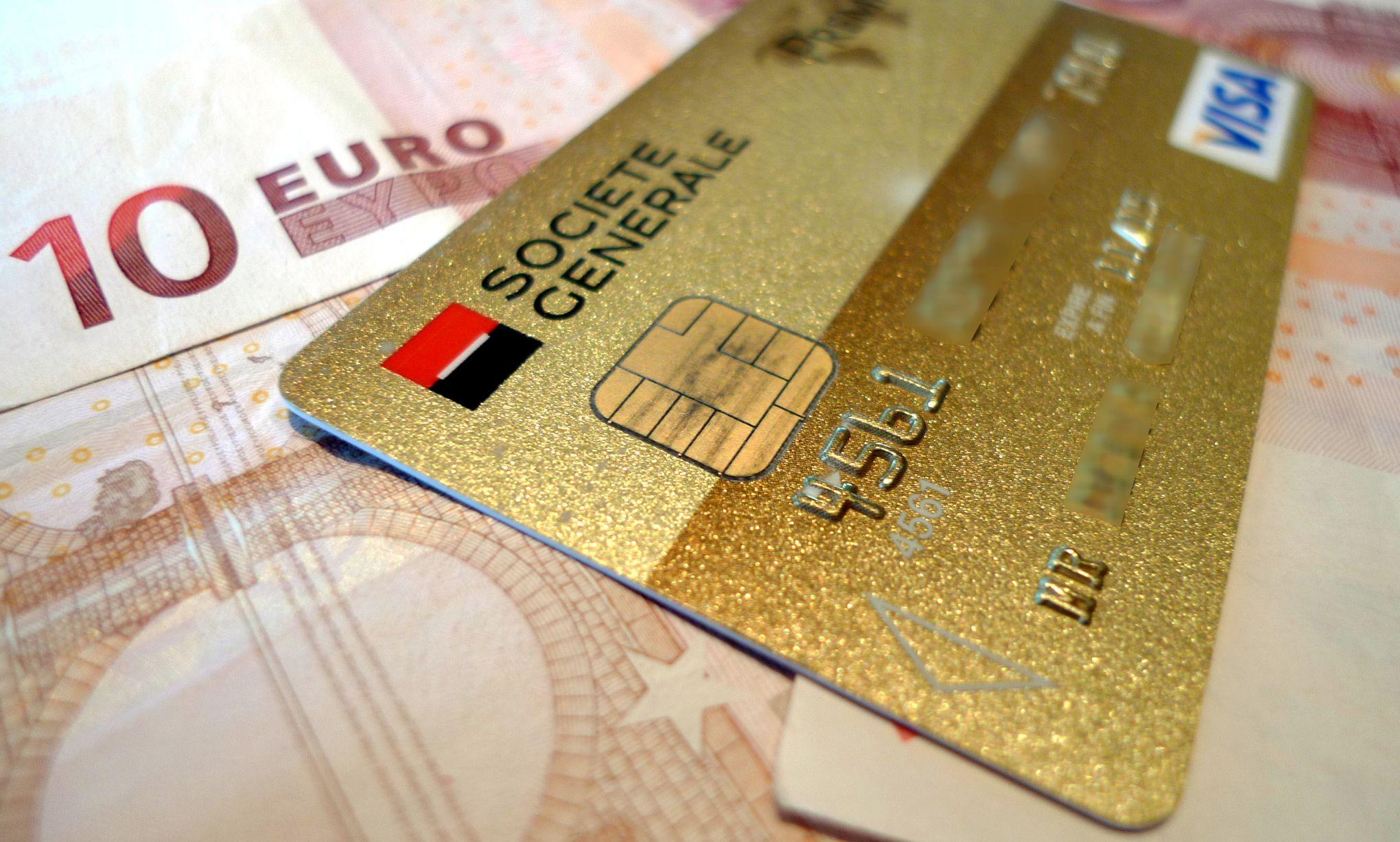 Carte Visa Black Societe Generale.La Societe Generale Va Lancer Debut 2019 Une Carte Bancaire