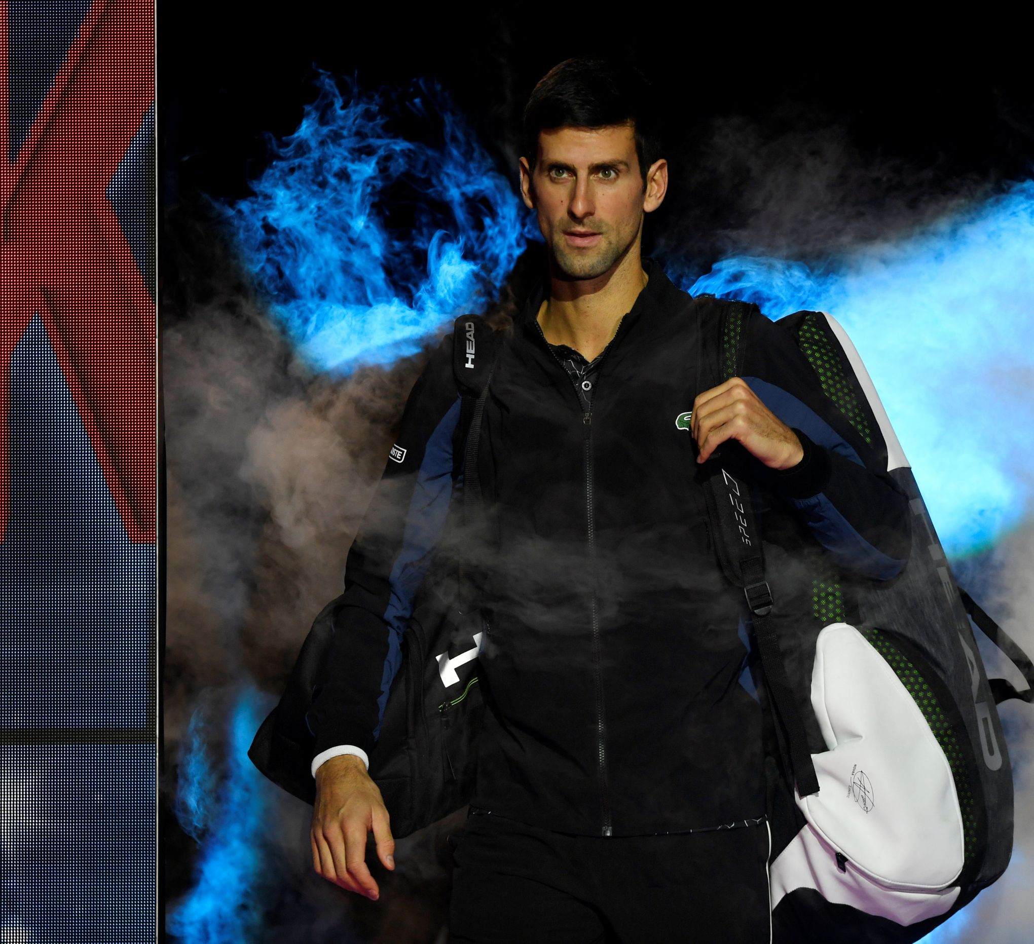 Djokovic défend les privilèges dont bénéficierait Federer sur le circuit