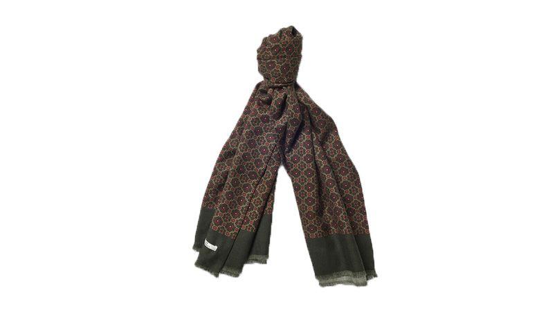 40db823a0b3 Mode homme  10 écharpes pour vaincre le froid avec style