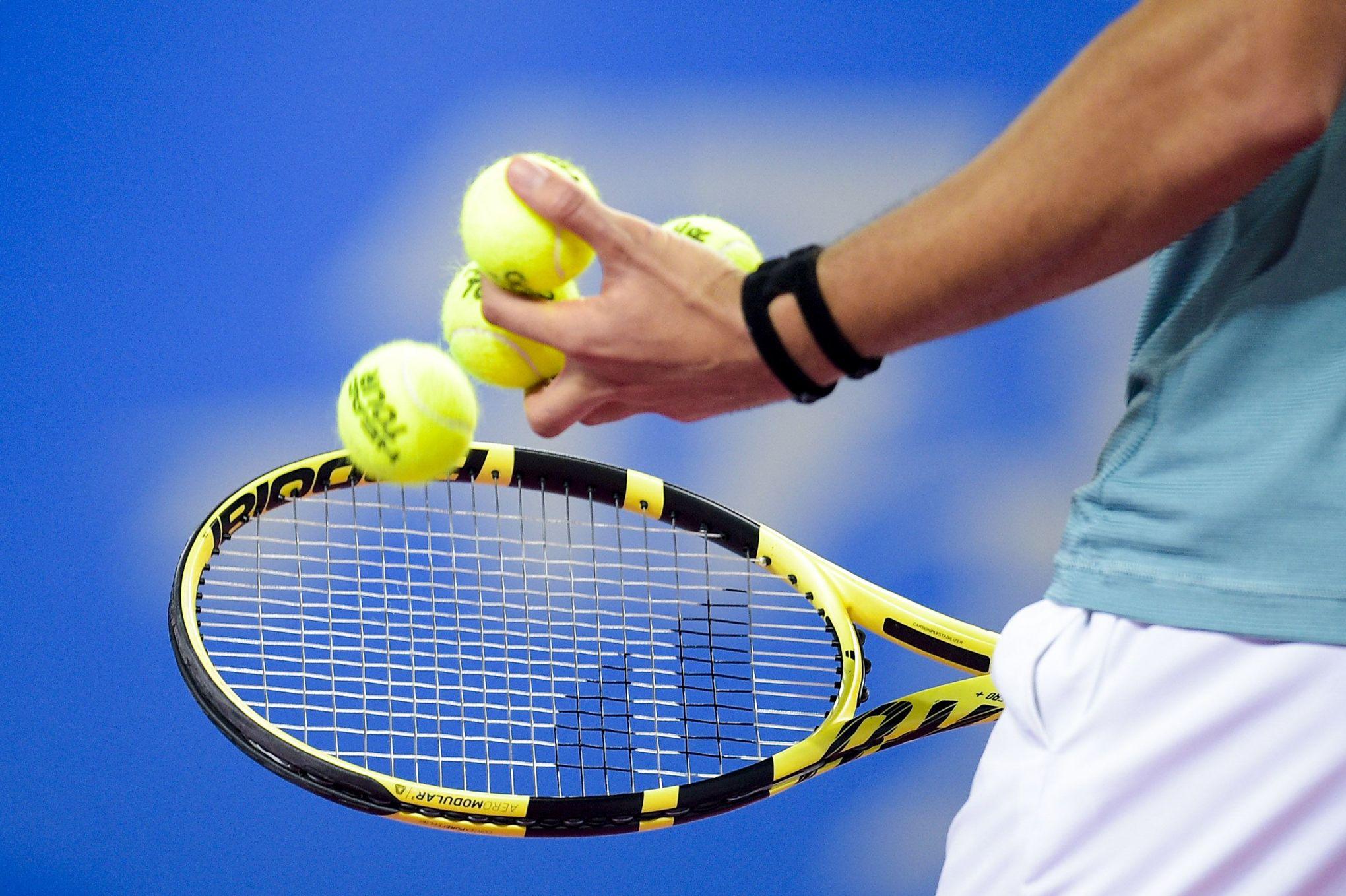 matches truqu s dans le tennis sept nouveaux joueurs. Black Bedroom Furniture Sets. Home Design Ideas