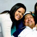 Chavez entouré de ses filles.