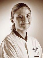 Audrey Jacquier, 22 ans, aux fourneaux du Vivarais (Lyon IIe), est en course pour les Bocuse d'or.