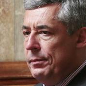 Les députés refusent de suspendre les poursuites contre Henri Guaino