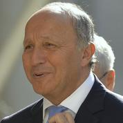 Fabius sacré champion de Twitter, Hollande et Valls à la traîne