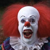 Pourquoi le phénomène des clowns qui terrorisent se répand en France