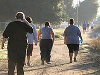 Outre les déséquilibres alimentaires et la sédentarité, de nombreux facteurs interviennent dans la prise de poids.