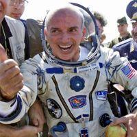 Dennis Tito à son retour de l'ISS.