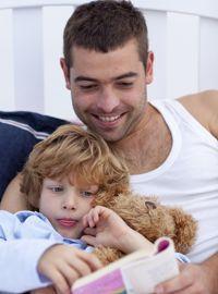 La lecture est une des activités qui préparent à l'endormissement.