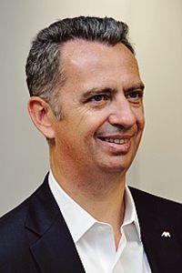 Le dirigeant a accordé 300.000 euros en trois ans à l'association.