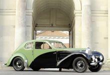 Cette Bugatti Type 57 C Coupé Spécial 1938 à été fabriqué en juin 1938 pour un usage interne à l'usine.
