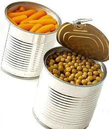 Pour éviter de donner du goût aux aliments, les conserves sont couvertes d'une résine contenant du BPA.