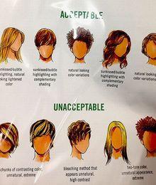 En 2013, un document révèle que certaines coiffures et couleurs de cheveux sont interdites aux vendeurs.