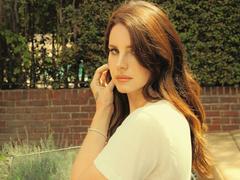 Lana Del Rey dévoile Wait For Life, un titre inédit