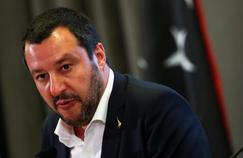 EN IMAGES - Salvini faisait la fête le soir de la tragédie de Gênes