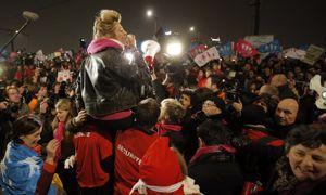 Les anti-mariage gay ont manifesté devant France Télévisions.