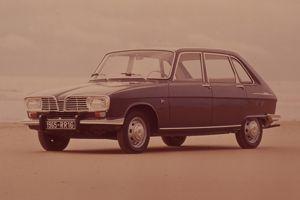 Présentée en mars 1965, la Renault 16 est la première berline française à recevoir un hayon.