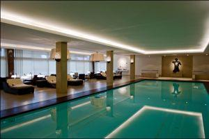 La piscine du Ritz Four Seasons.