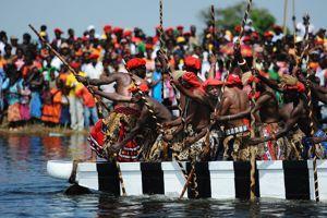 Les Lozis portent des jupons à plis en hommage à leur toute première souveraine: Mwambwa.
