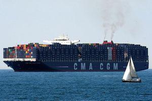 Le «Jules Verne» est le troisième porte-conteneur géant livré par CMA-CGM.
