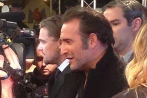 Jean Dujardin, visiblement très heureux de l'acceuil réservé au<i> Loup de Wall Street</i>.