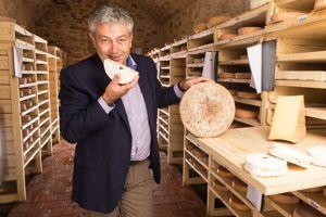 Pascal Beillevaire, fromager à Machecoul en pays chouan.
