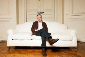 Ian McEwan est un proche de Martin Amis et de Salman Rushdie.