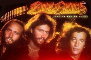 En signant la musique de<i> La Fièvre du Samedi Soir</i> les Bee Gees sont rentrés dans l'histoire du disco.