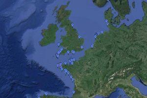 Les différents sites où ont été retrouvées les fameuses plaques selon la page «Tjipetir Mystery».