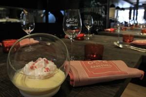 Dans une version lyonnaise, l'œuf àlaneige du Café desAbattoirs.