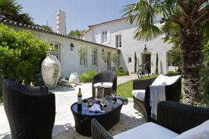 Le patio de La Villa Clarisse. (DR)